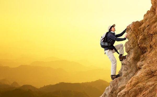 对比芒格思想体系和稻盛哲学,就找到了厉害的人通用的成功法则